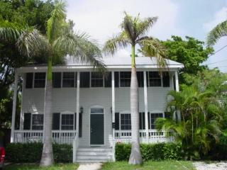 Old Town, 5 Bdrm Home with Pool, Key West