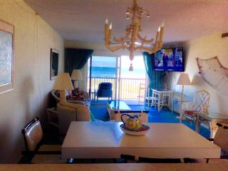 COCOA BEACH OCEANFRONT VACATION CONDO WITH BALCONY