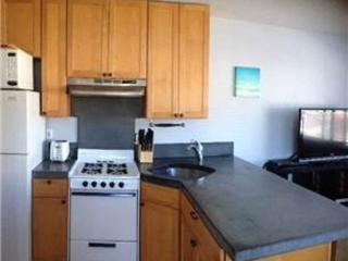 WONDERFULLY FURNISHED 1 BEDROOM BEACH HOME, Pacifica