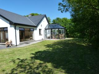 Lissadell Cottage close to lovely Sandy beach