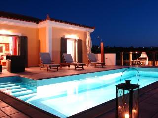 beautiful villas in Kefalonia