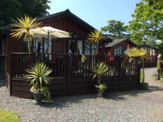 Lodge Polperro use of heated pool and facilities, Pelynt