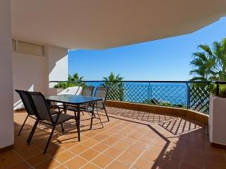 Mi Capricho - Beachfront holiday apartment, Sitio de Calahonda