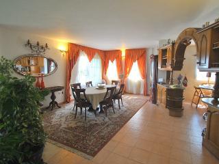 Villa VESTA, Mijas Costa, happy family holidays