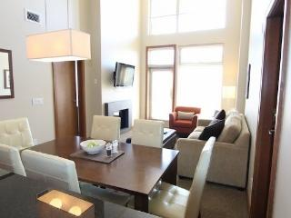 Revelstoke Sutton Place Ski In/Ski Out 2 Bedroom Premium Condo