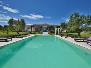 Villa Marina, luxury self catering with sea view in Puglia | Raro Villas, Carovigno