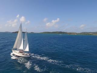 Sail Into Romance, Perfect for 1 Loving Couple!