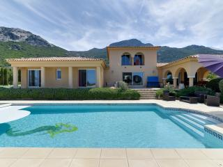 Beautiful property in the heights of Calvi