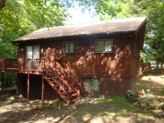 Lovely home for rent in The Hideout Community, Lake Ariel