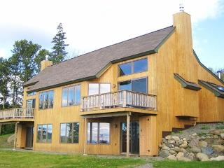 Saddleback Mountain On Slopes 3-4BR Ski-in/out Condo Near Rangeley