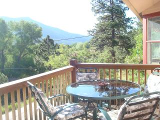CASCADE MOUNTAIN RETREAT: GREAT VIEWS AND LOCATION, Chipita Park