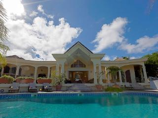 3 Bedrooms 3 Bathrooms Villa - Great Outdoor Space, Orient Bay