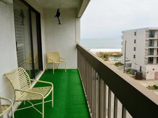 81 Beach Hill Unit 502 - Wi-Fi, Pool & Ocean View!, Ocean City