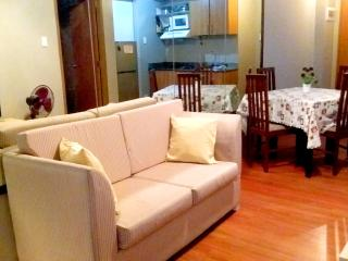 2 Bedroom for rent Short Term and Long Term Rental, Pasig