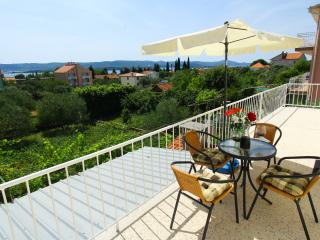 Apartment Gabbianno - Three-Bedroom Apartment with Balcony and Sea View