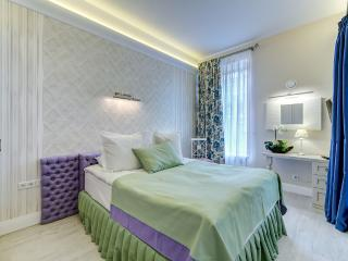 Blanco Deluxe Apartment at Nevsky 22