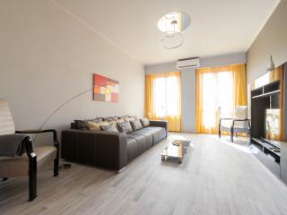 3 Bedroom apartment on Deak ferenc square