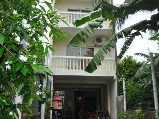 Pinki Resort Deluxe Double AC Room inc Breakfast