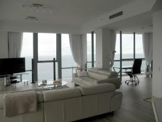 Ocean views from lounge and desk. Relax or work its still a great place to be.