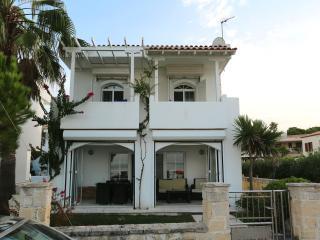 Villa Emerald, Pefkohori