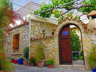 Olga House, Omodos