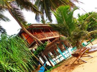 Reggae Zone Beach Resort Deluxe Double + Breakfast, Tangalle
