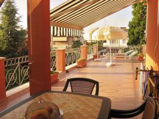 Appart. al mare, ampio terrazzo e piscina privata, Lido di Pomposa