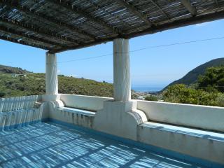 Villa Serra  Panoramica Lipari 8+2