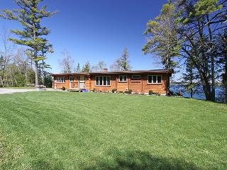 Christie Log Home cottage (#1057), Barrie