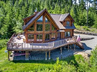 Stairway to Heaven - New!  Private Log Home with Big Mt. Views | Slps 12
