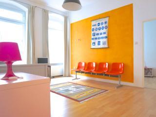Cozy apartment in the heart of Kreuzberg