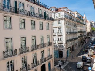 Chiado Apartments City Views Garrett B, Lisboa