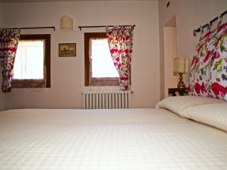 Eco Apartment in Tuscany App. LAVANDA Lionforti