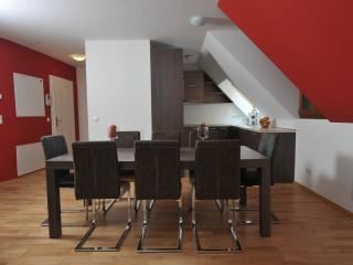 Apartment 6, Viena