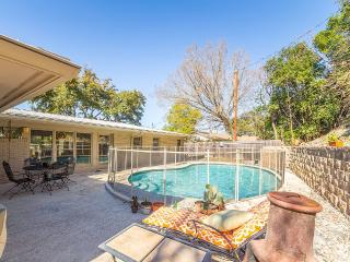 SUMMER Ready! Mid-century Modern, Family-friendly, Wimberley