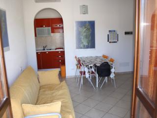 Appartamento rifinito zona Chia