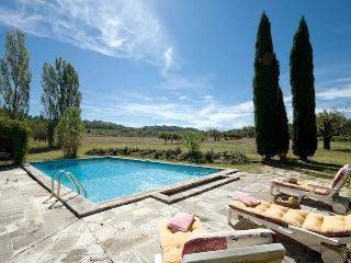 Beautiful artist's farmhouse in Provence, Roussillon