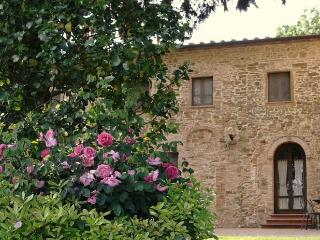 3 bedroom apartment Antico Casale Rodilosso, Montaione