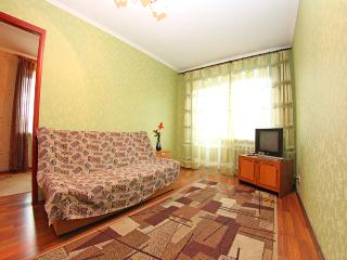 2-rooms apartment on Kutuzova, Kiev