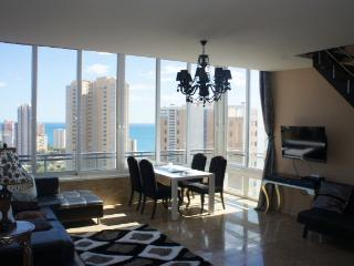 Luxurious penthouse with panoramic view, Benidorm