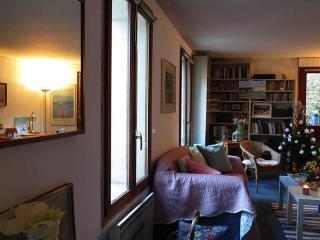 Les Volets Bleus, une petite maison avec jardin, Fontainebleau