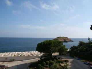 BANDOL Athena-Port Appartement 42 m2 vue mer classé ***