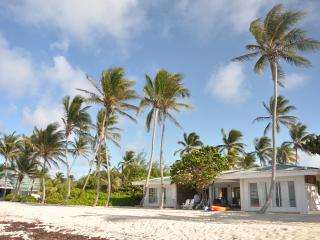 Beach Villa on private island, Union Island