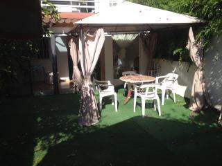casa apie de playa con jardin, Alicante