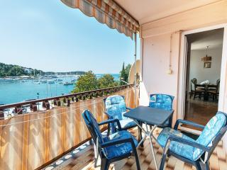 Rovinj centre  - sea view apartment ZOE
