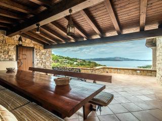 Exquisite Luxury Villa with Private Garden, Porto Rotondo