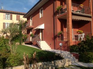 GARDALAKE - BARDOLINO (VR) - Casa Titti (Apt.1), Bardolino