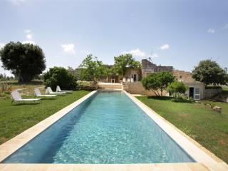 Charming countryside villa with pool in Salento, Carpignano Salentino