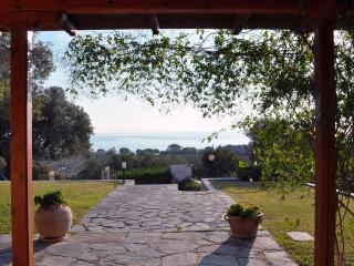 IDEAL HOUSE FOR A RELAXING HOLIDAY NEAR THE SEA, Nea Skioni