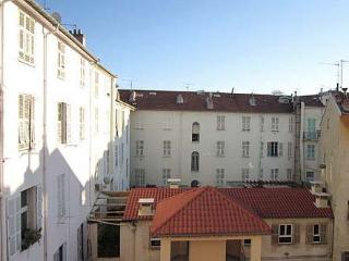 Cosy Apartment in Place Massena in Central Nice